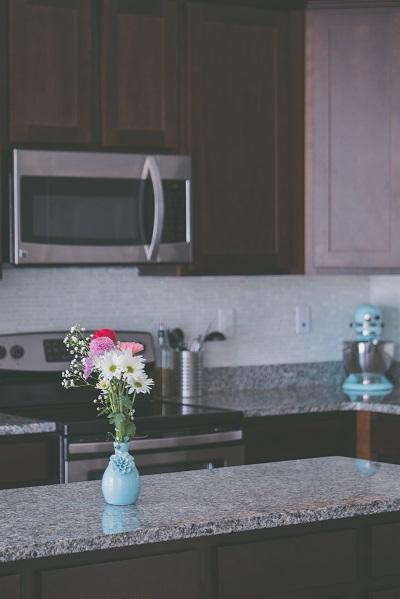 אי במטבח